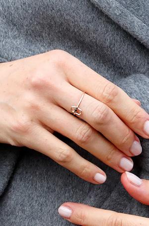 Фото №3 - Зачем герцогине Меган «Божья рука»