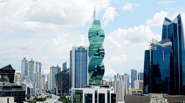 Фото №7 - Они позорят свой район! 10 уродливых архитектурных сооружений