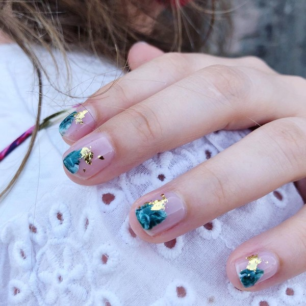 Фото №8 - Красивый маникюр для коротких ногтей: 7 идей