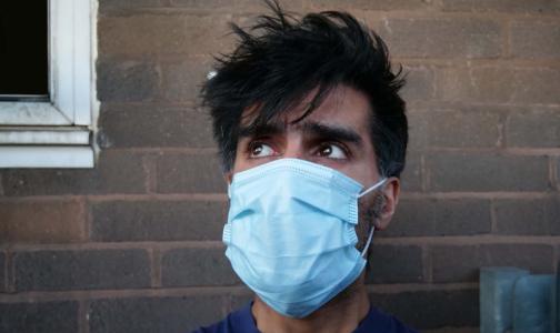 Фото №1 - Биолог: Не надо стремиться быстрее переболеть коронавирусной инфекцией