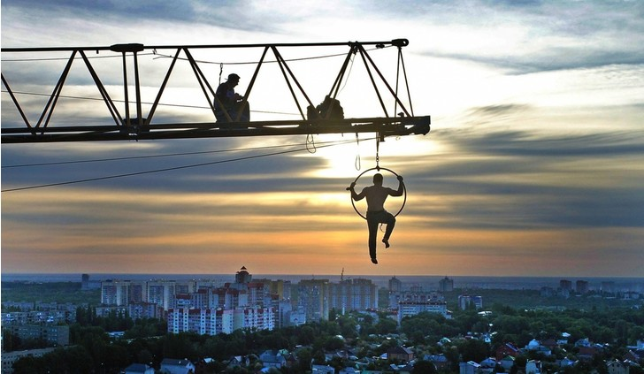 Фото №1 - Рискованная акробатика