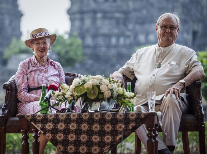 Фото №2 - Знать монарха в лицо: кто сегодня правит в Европе