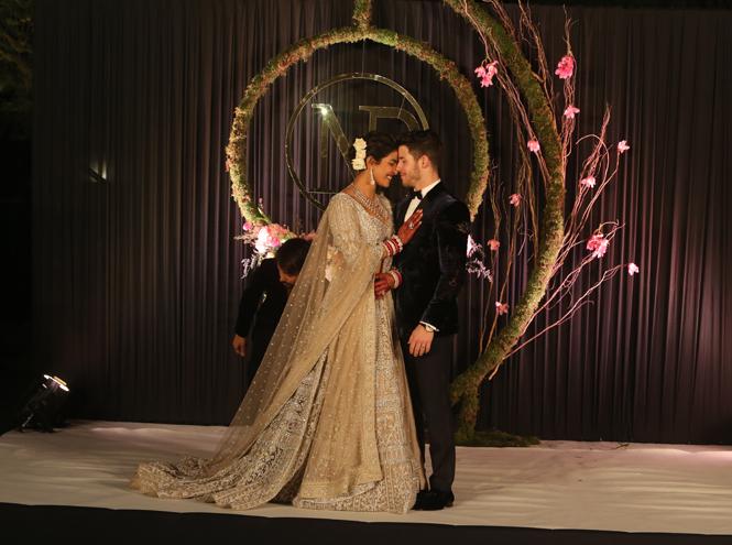 Фото №11 - 10 фактов о впечатляющей свадьбе Приянки Чопры и Ника Джонаса