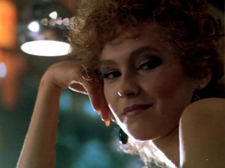 Фото №7 - Популярные актрисы 1990-х: в каких фильмах прогремели, за что полюбились и как расплатились за славу
