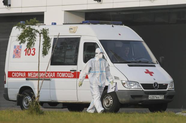 Фото №3 - Эксперт уверен, что пик новой заболеваемости COVID-19 в России можно ждать через две недели