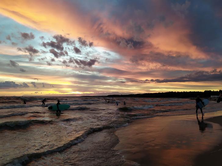 Фото №3 - Ласковый серфинг: где покататься в Питере и Калининграде