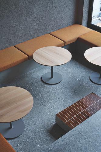 Фото №10 - Минималистское кафе в Токио по проекту Кэйдзи Асизавы