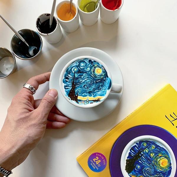 Фото №1 - Так красиво, что жалко пить: 30 нереальных рисунков на кофе