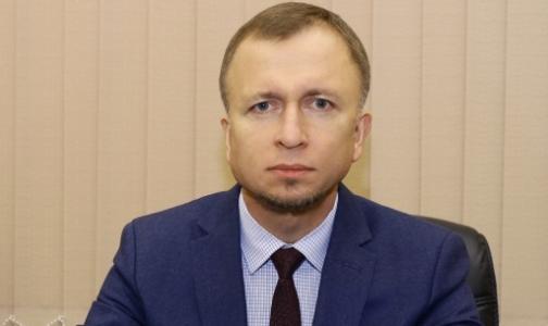 Фото №1 - Председатель комздрава Петербурга не планирует подчинять себе районные поликлиники