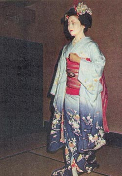 Фото №2 - Удобный наряд хакама-сита