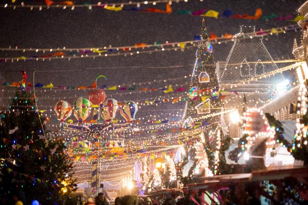 Фото №2 - Новогоднее настроение ON! 🎅28 ноября открывается ГУМ-Каток на Красной площади