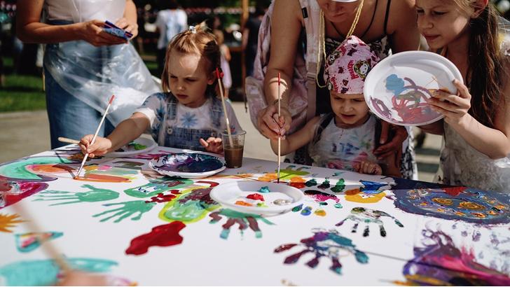 Фото №9 - В саду «Эрмитаж» прошел арт-фестиваль «КругАРТсветка»