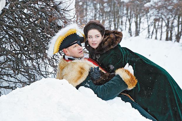 Фото №4 - «Так приятно быть императрицей»: Марина Александрова о роли Екатерины II