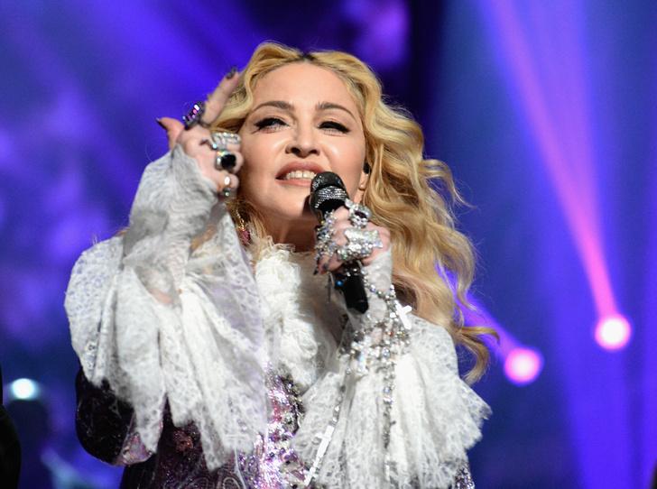 Фото №1 - Икона стиля, феминизма и музыки: как Мадонна стала главным инфлюенсером столетия