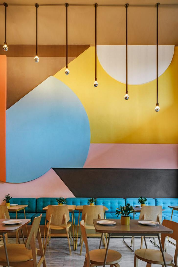Фото №4 - Яркий ресторан в Афинах