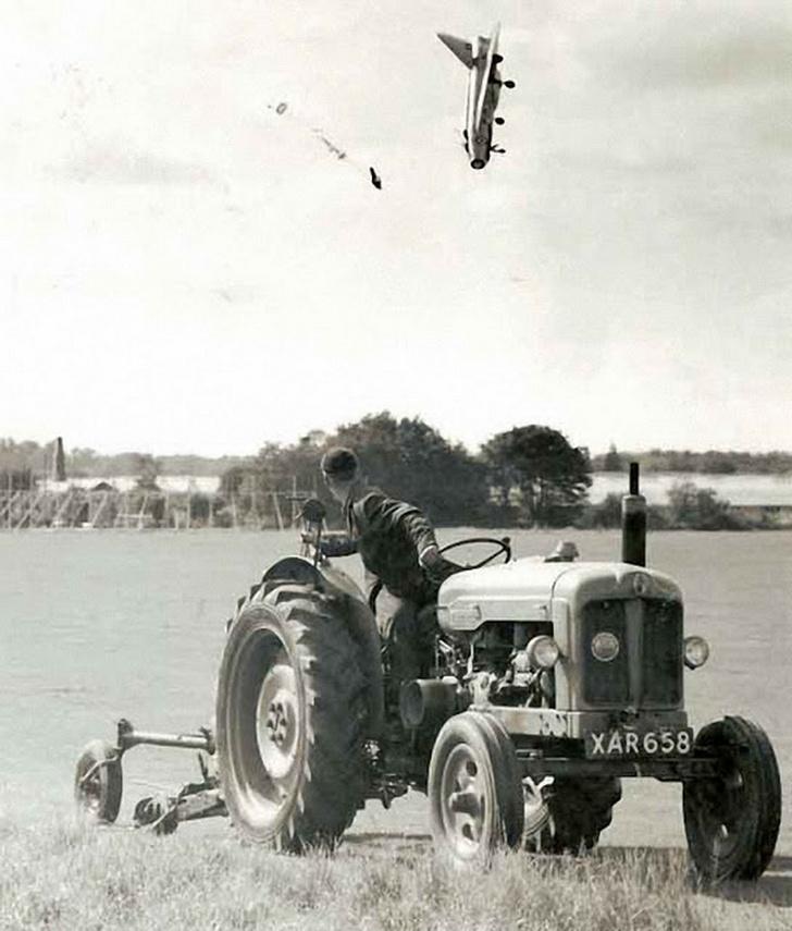 Фото №2 - Катапультирование пилота истребителя: история одного фото