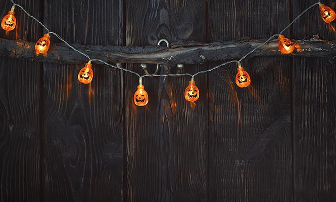 Фото №8 - Отмечаем Хэллоуин: как быстро украсить помещение своими руками