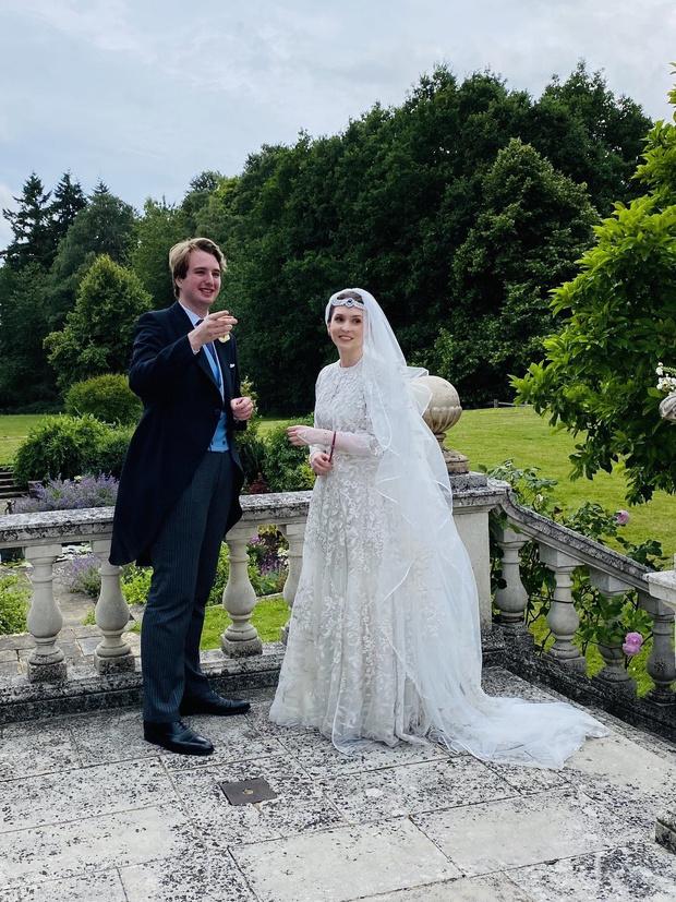 <p>На днях Райя вышла замуж за британского журналиста</p>