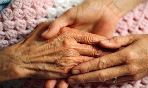 Фото №1 - Фонд «Здоровье»: Петербург обогнал все регионы по росту смертности на дому