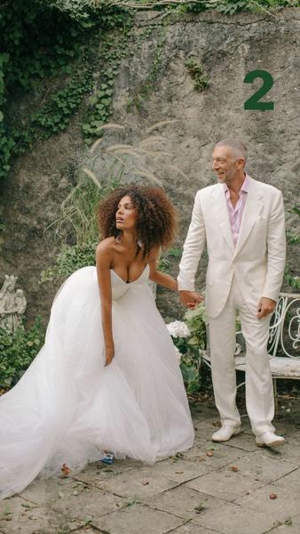 Фото №1 - Титина + Венс: Кунаки и Кассель отмечают вторую годовщину своей красивой свадьбы
