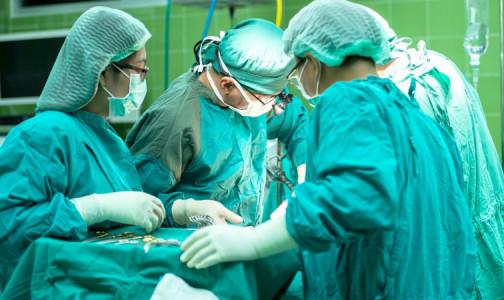 """Фото №1 - Женщине пересадили печень, сосуды и фрагмент сердца. Ее органы много лет незаметно """"выедал"""" паразит"""