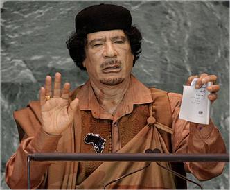 Фото №12 - От Чавеса до Лукашенко: каким бывает авторитаризм и почему у людей так легко сгибаются колени