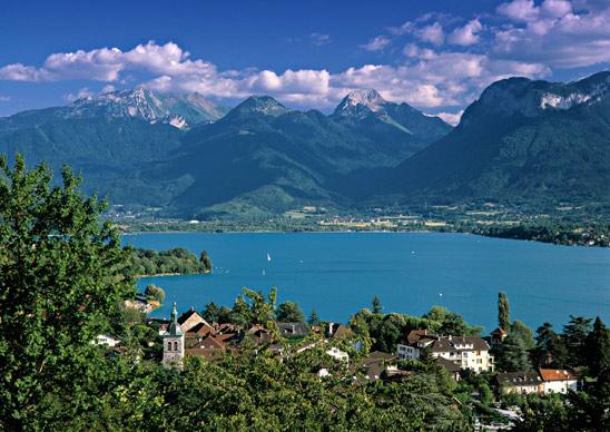 Фото №5 - 10 самых красивых озер в мире