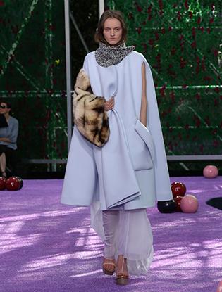 Фото №54 - Неделя Высокой моды в Париже: Dior Couture AW2015/16