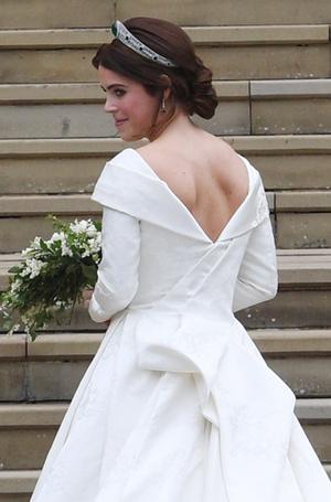 Фото №9 - Настоящая принцесса: свадебный образ Евгении Йоркской