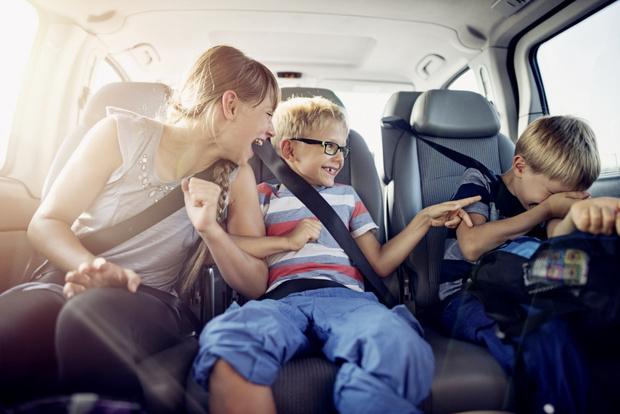 Фото №2 - С нами не соскучишься: игры в дороге и на природе