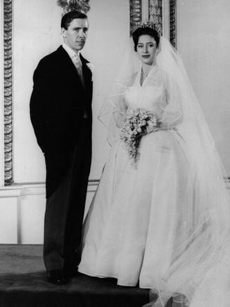 Фото №7 - Знаменитые невесты, платьями которых вдохновлялась леди Китти Спенсер