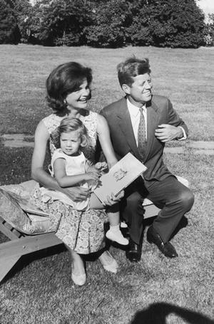 Фото №11 - Отличница Джеки Кеннеди: любовь и трагедия самой известной Первой леди США