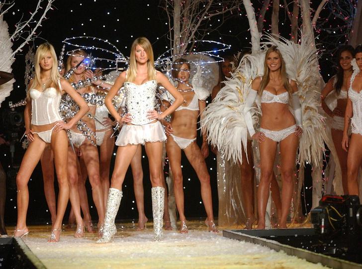 Фото №1 - Как выглядели ангелы на своем первом шоу Victoria's Secret
