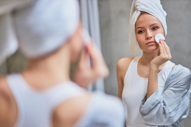 Почему крем скатывается на лице