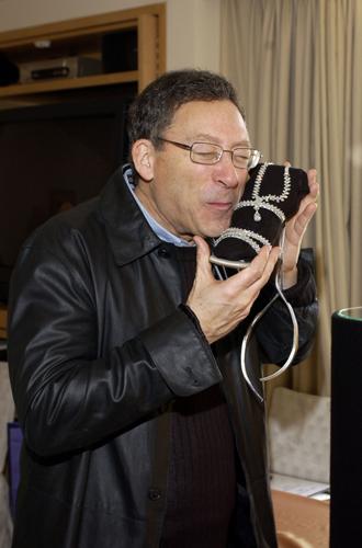 Фото №29 - Обувные бренды звезд, часть 3: Salvatore Ferragamo, Stuart Weitzman, Brian Atwood