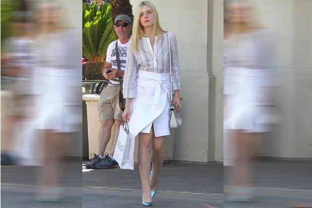 Фото №1 - Звездный тренд: Белая юбка