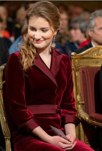 Фото №4 - «Бельгийская Кейт Миддлтон»: принцесса Елизавета и ее модные заявления