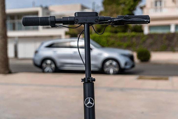 Фото №3 - Электросамокат от Mercedes-Benz