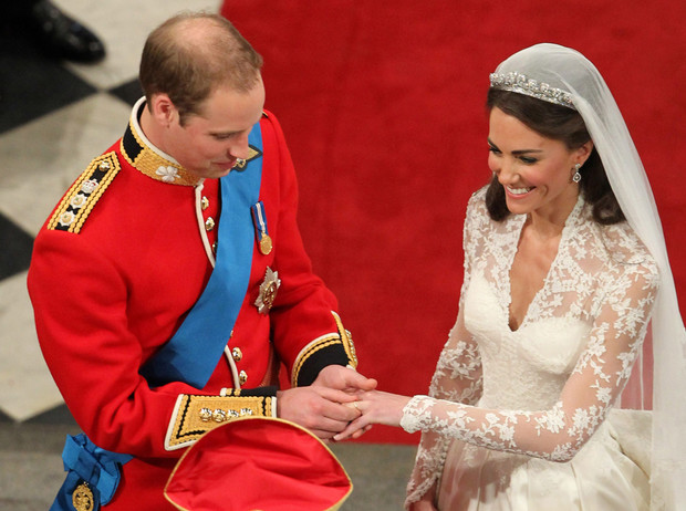 Фото №2 - 5 главных традиций королевской свадьбы в Великобритании