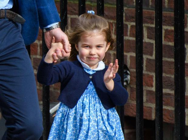 Фото №1 - Принцесса Шарлотта станет опасной для бойфрендов (когда станет «королевской принцессой»)