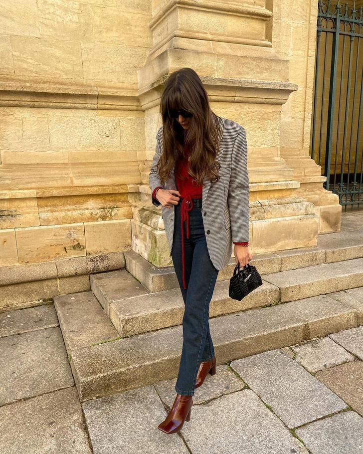 Фото №1 - Пиджак в клетку + джинсы графитового оттенка: эффектный образ француженки Жюли Феррери