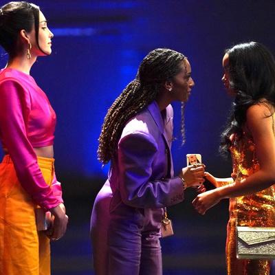 Фото №2 - Тест: Кто ты больше из новой «Сплетницы»— Зоя или Джулс?