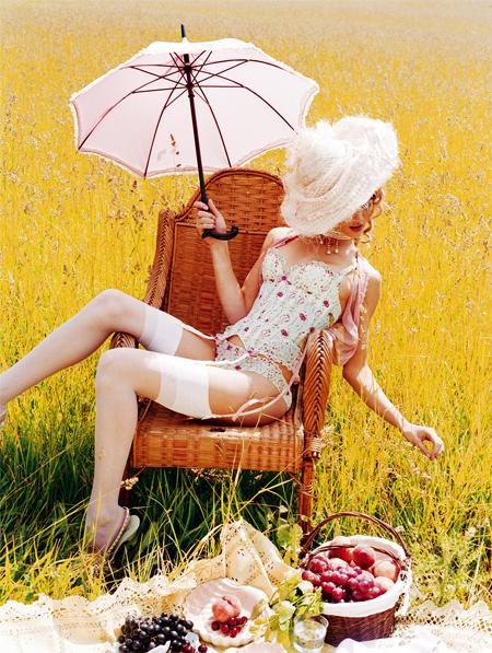 Фото №4 - Фото из модной книги «Перья и кружева»