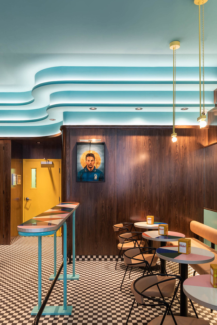 Фото №2 - Кофе-бар с расслабленной итальянской атмосферой в Монреале