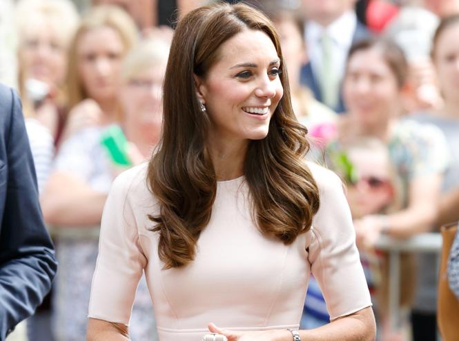 Фото №1 - Герцогиня Кембриджская признана самой влиятельной иконой стиля
