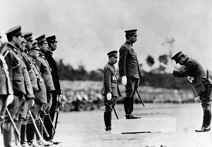 Фото №9 - «Изобилие и добродетель»: жизнь 124-го императора Японии Хирохито в 15 фотографиях
