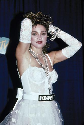 Фото №3 - Королева скандала: самые запоминающиеся образы Мадонны