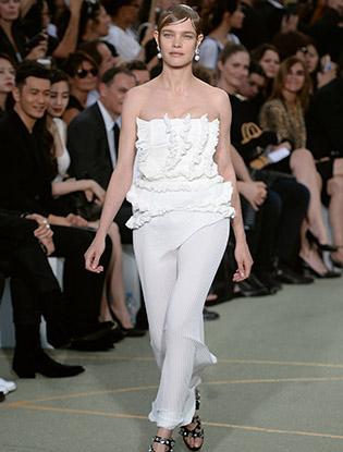 Фото №28 - В деталях: лучшие свадебные платья haute couture осень/зима 2016