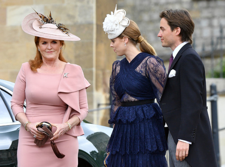 Фото №2 - По стопам Королевы: почему свадьба Беатрис станет особым днем для всей Британии