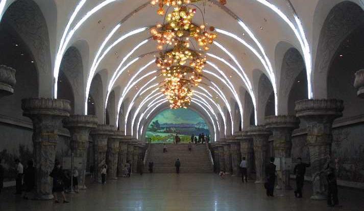 Фото №10 - Подземные дворцы и не только: самые красивые в мире станции метро